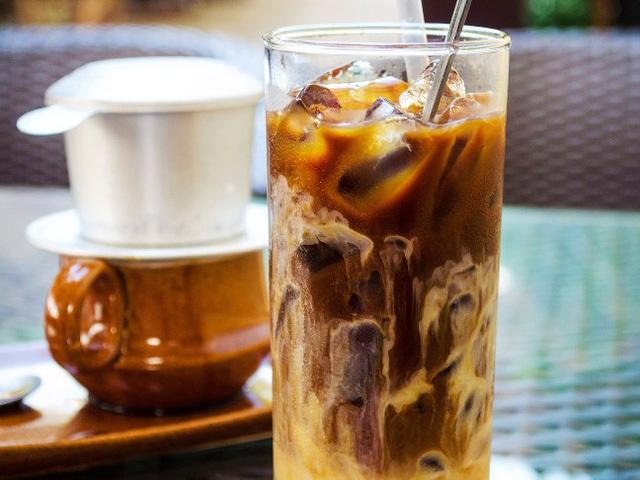 Cùng Favio Coffee tìm hiểu   uống cà phê sữa có tác hạigì